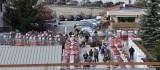Visite des oeufs rouges pendant la vente aux ench�res du 4 novembre