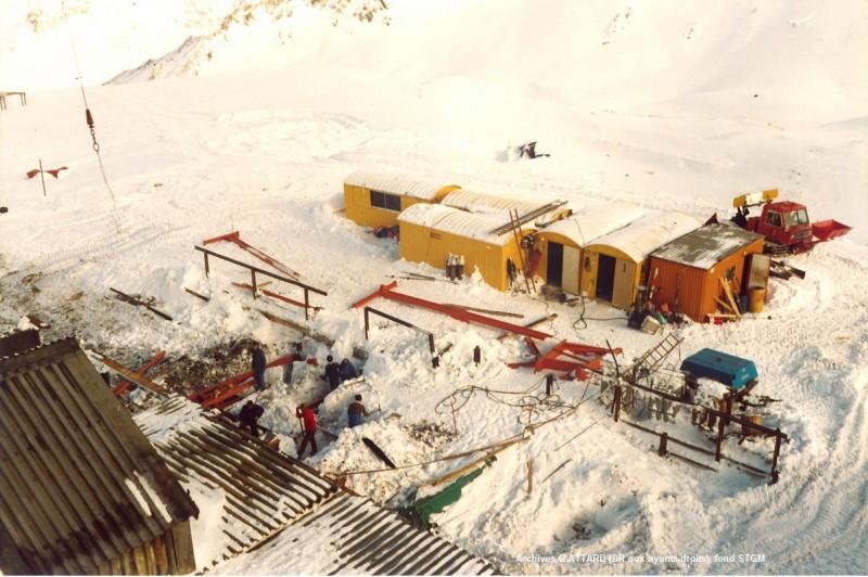 TCD4 Grande Motte (17) incendie novembre 82.jpg
