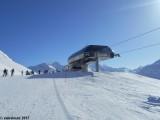 La gare amont vue depuis la piste de la Québécoise.JPG