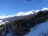 Vue du domaine skiable côté Lanslebourg-Lanslevillard.JPG