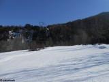 La partie centrale de la ligne vue depuis les pistes.JPG