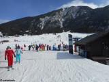 L'accès à la zone d'apprentissage depuis le front de neige.JPG